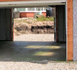 CONCRETE GARAGES, TIMBER GARAGES, STEEL GARAGES - Options - up and over door