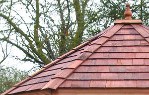 SHEDS - Cedar shingle roof