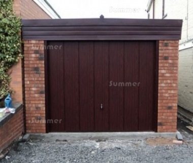 Spar Pent Concrete Garage 340 - Dark Woodgrain, Brick Posts