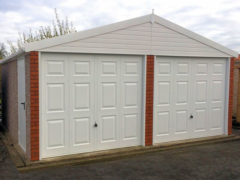 Spar Apex Double Concrete Garage 513 - Brick Posts, PVCu Windows and Fascias