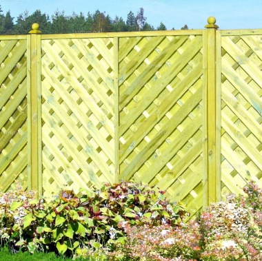 Fence Panel 420 - Planed Timber, 9mm Reeded Boards, 2x2 Frame