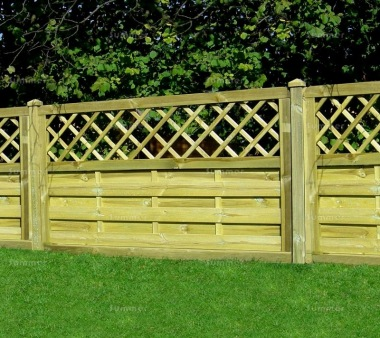 Fence Panel 436 - Planed Timber, 9mm Reeded Boards, 3x2 Frame
