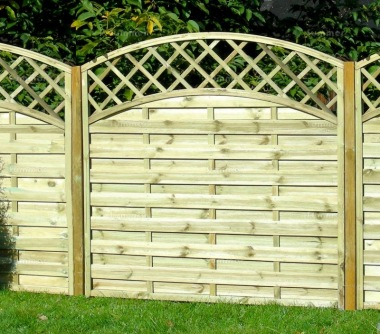 Fence Panel 450 - Planed Timber, 9mm Reeded Boards, 2x2 Frame