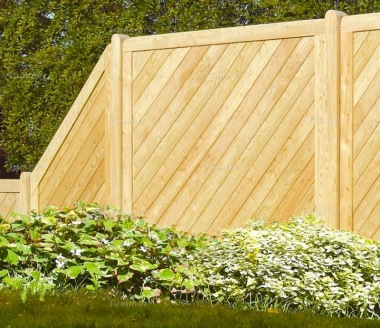 Fence Panel 531 - Stepped Height, Planed, 18mm T and G, 4x2 Frame