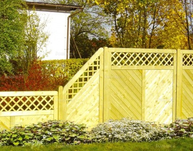 Fence Panel 541 - Stepped Height, Planed, 18mm T and G, 4x2 Frame