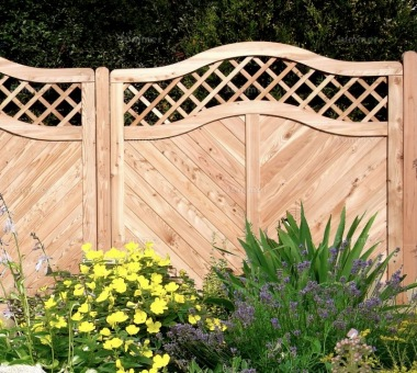Fence Panel 555 - Larch, Planed, 18mm T and G Boards, 4x2 Frame